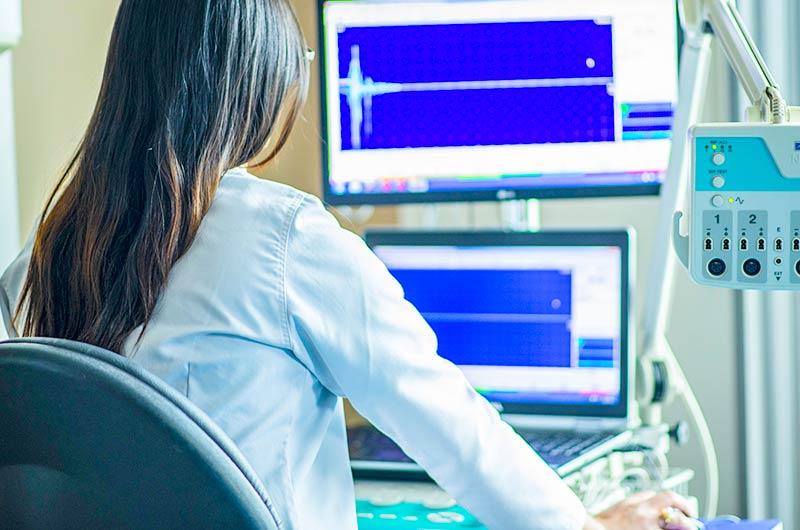 EDV-Betreuung-Artzpraxis-IT-EDV-Loescung-Zahnarzt-Computer-Netzwerk-OrangeComputer