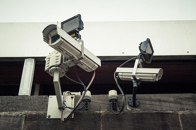 IP-Ueberwachungskameras-Schutz-Montage-Gehaueuse-Videoueberwachung