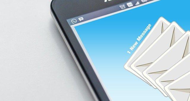 email-austausch-gesetzlich-verpflichtet-archivierung-extern-speicher-cloud